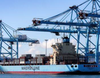 La reducción de tasas portuarias ahorrará a las empresas 100 millones de euros