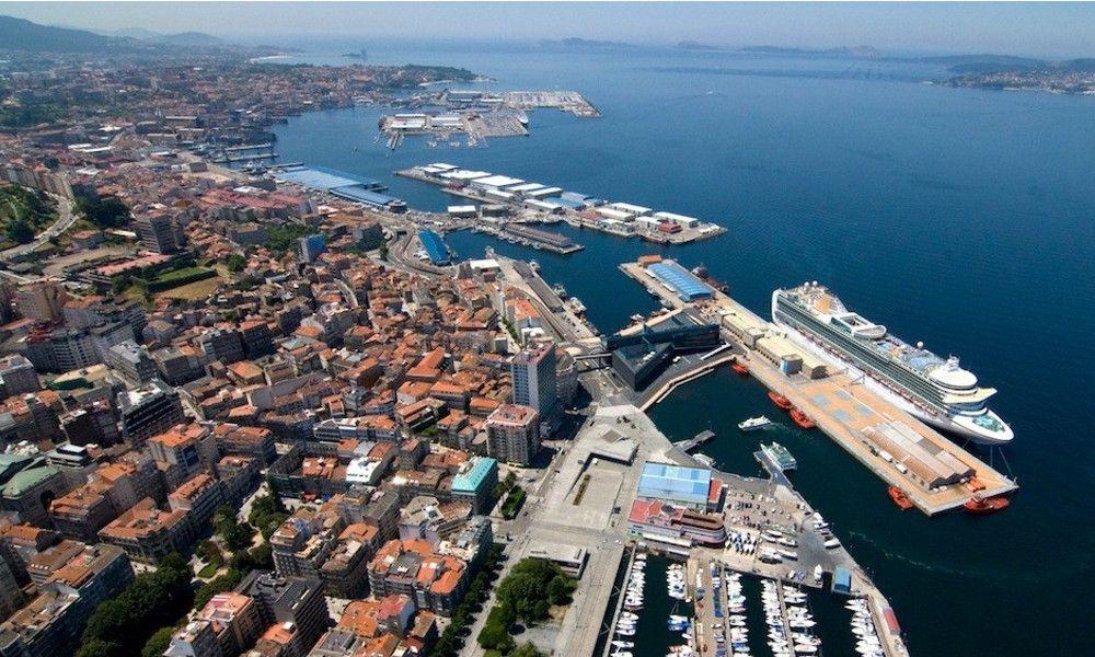 Hachazo de tres millones al beneficio de los cinco puertos gallegos
