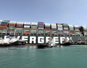 La crisis del canal de Suez da la puntilla al comercio mundial