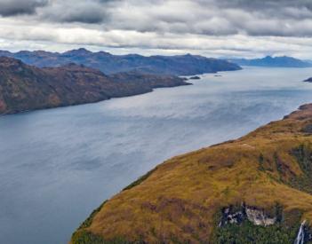 El Cabo Mayor acoge una muestra sobre el Estrecho de Magallanes